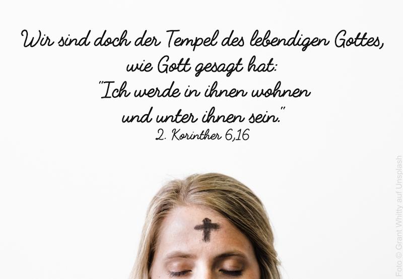 Kreuz auf der Stirn