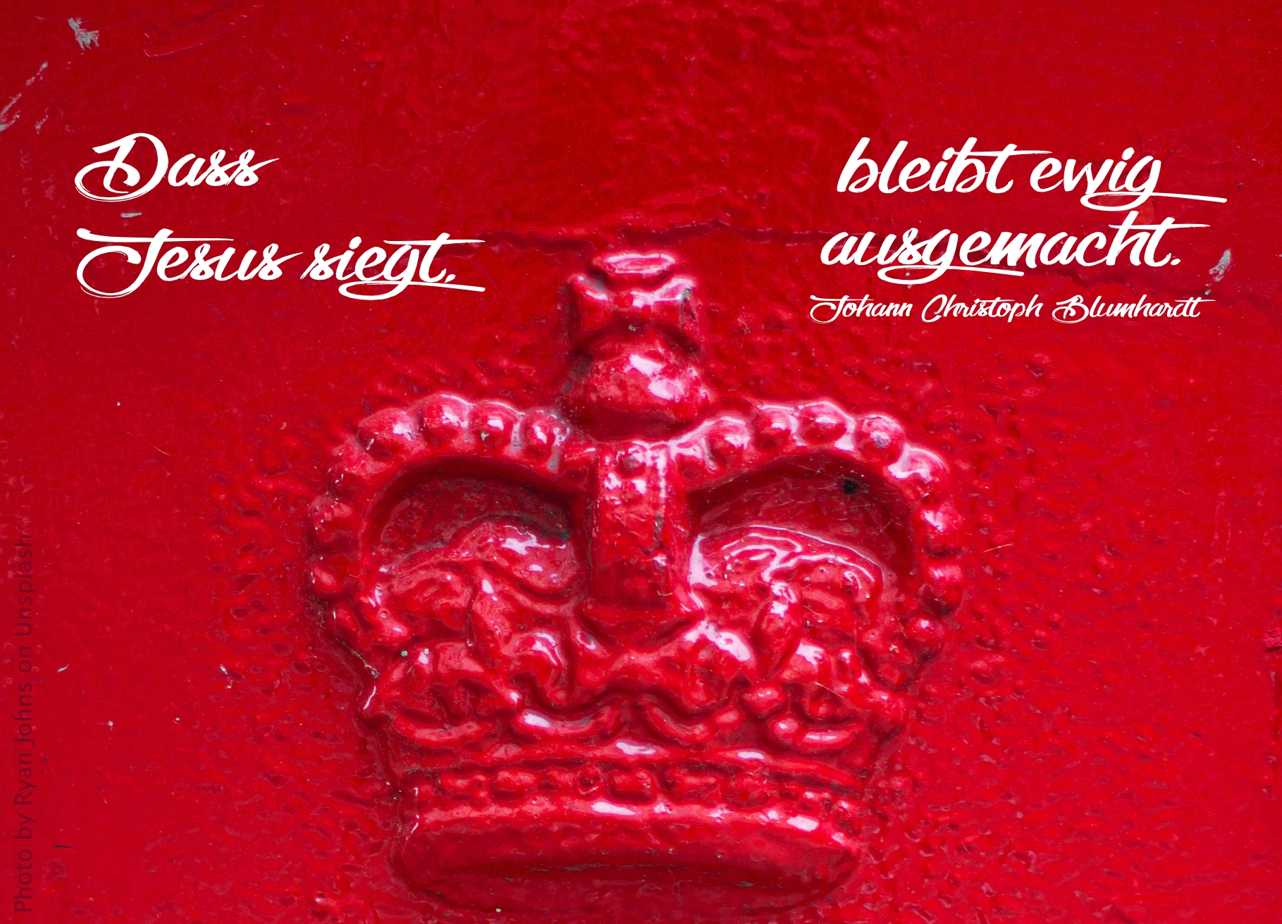 rote Krone auf rotem Grund