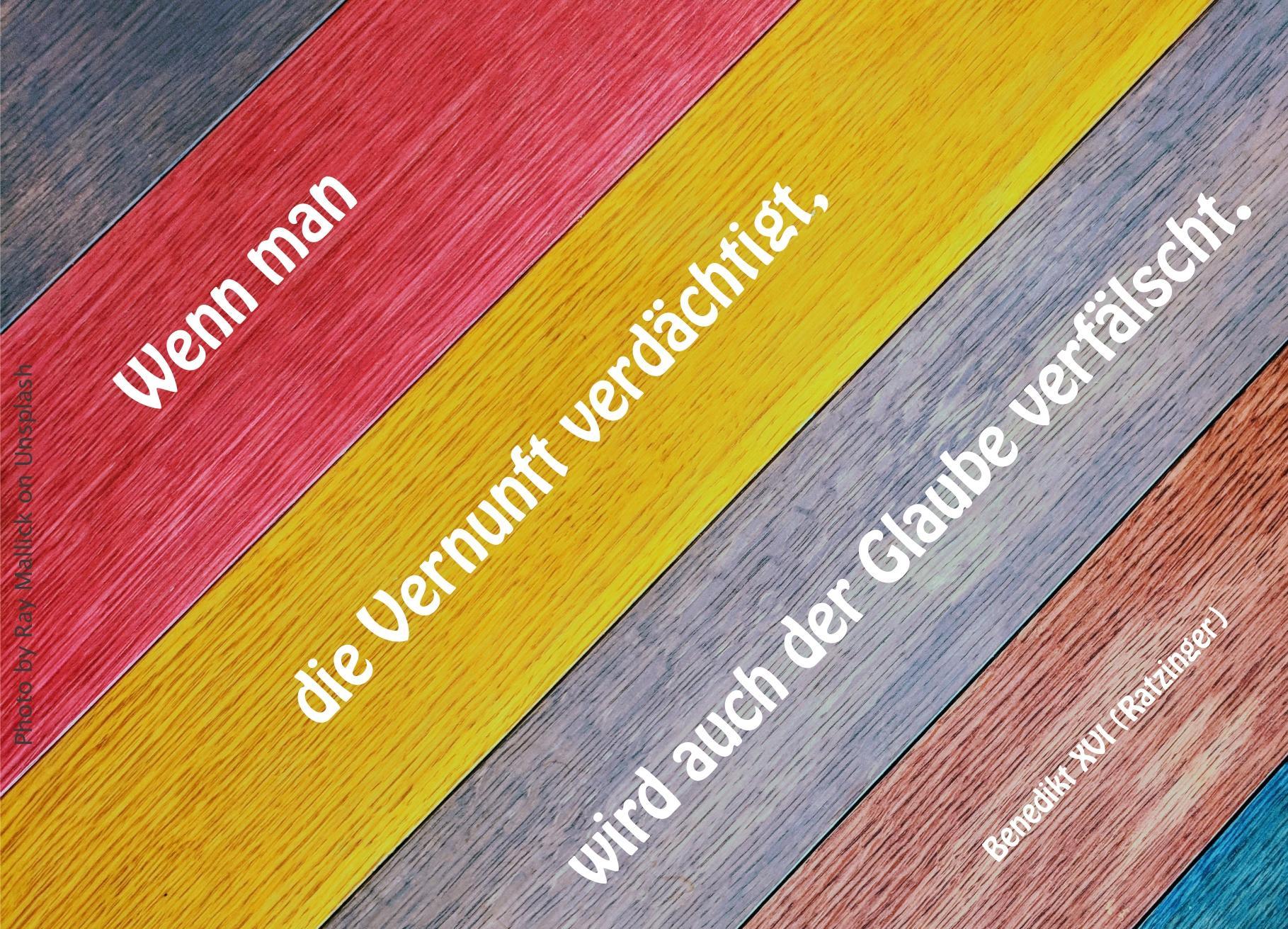 6 Farben schräg von links nach rechts: schwarz, Rot, Gelb,Grau, Braun,Blau