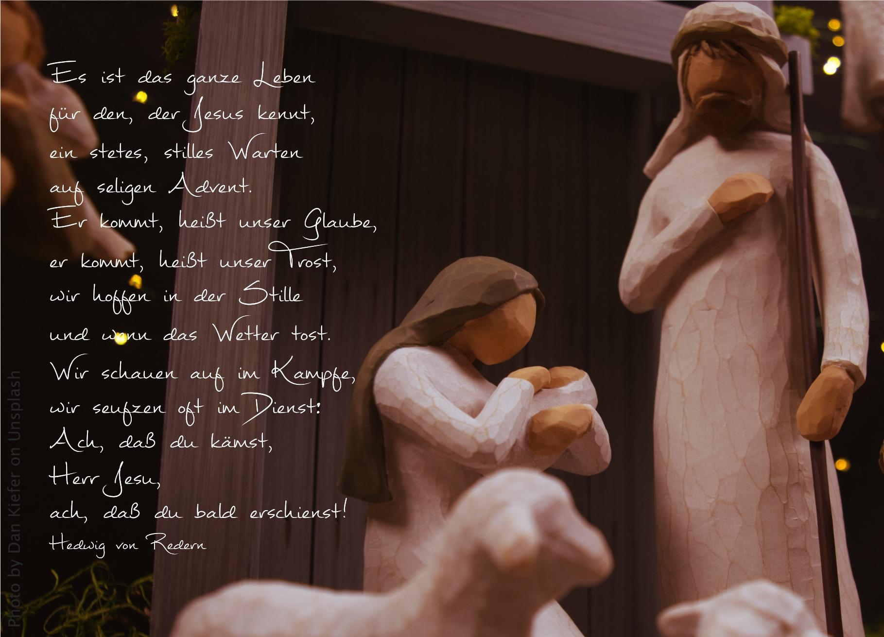 """alt=""""weihnachtliches_krippenspiel_aus_holz_erwartet_bibelhoerbuch_Jesu_Geburt_wird_vorhergesagt"""""""