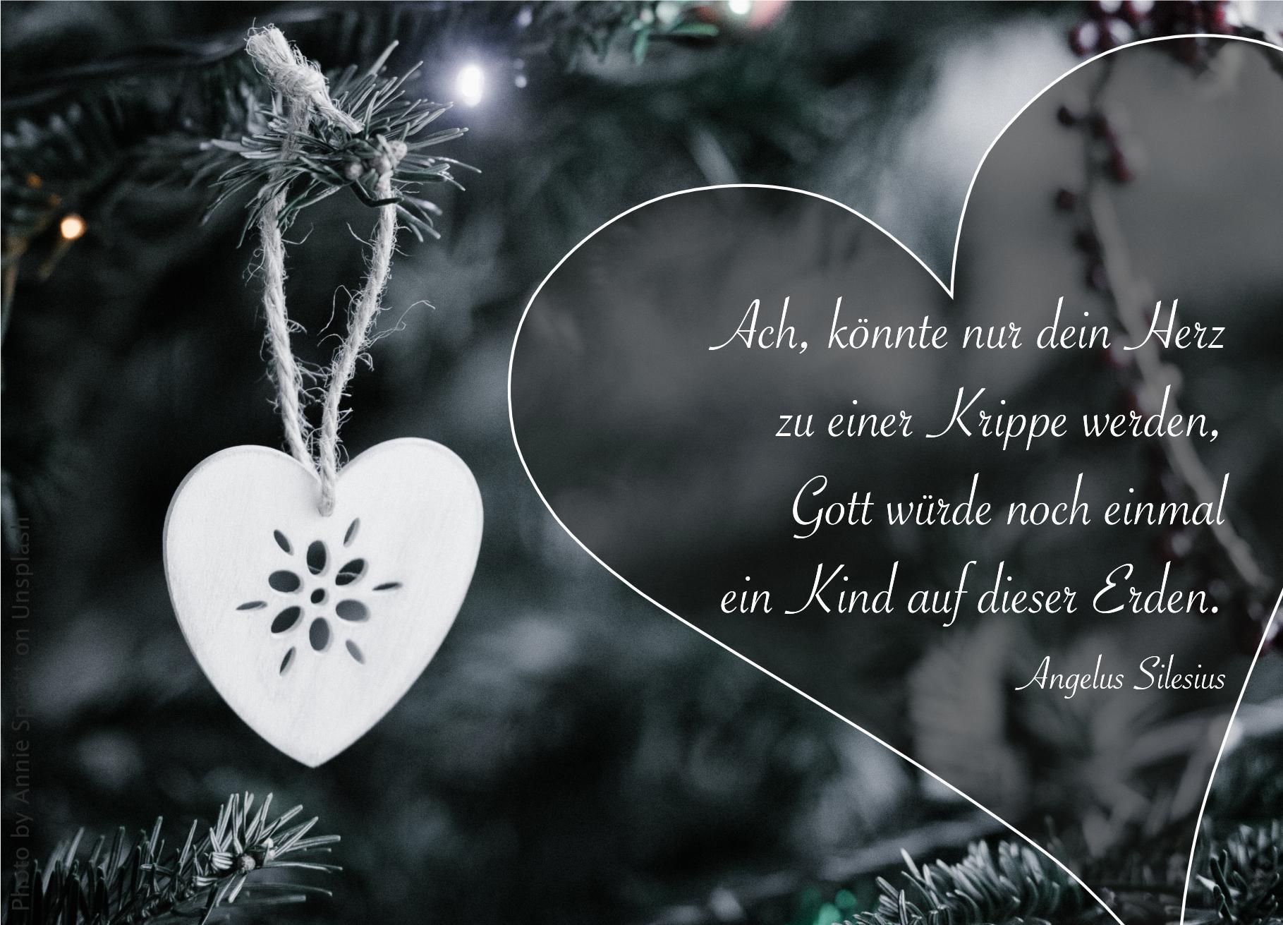 """alt=""""weihnachtsschmuck_weisses_herz_am_tannenbaum_erwartet_bibelhoerbuch_die_prophezeiung_des_zacharias"""""""