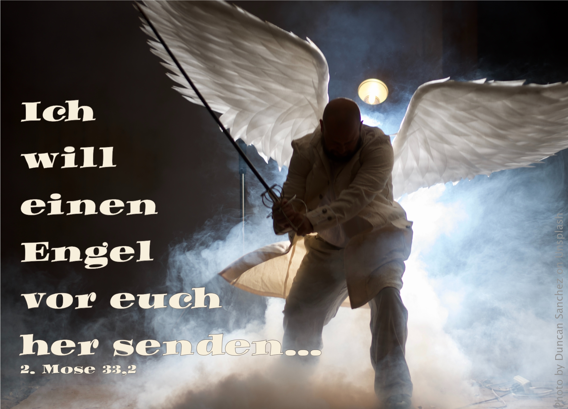 "alt=""engel_mit_schwert_und_fluegeln_erwartet_bibelhoerbuch_das_goldene_kalb"""