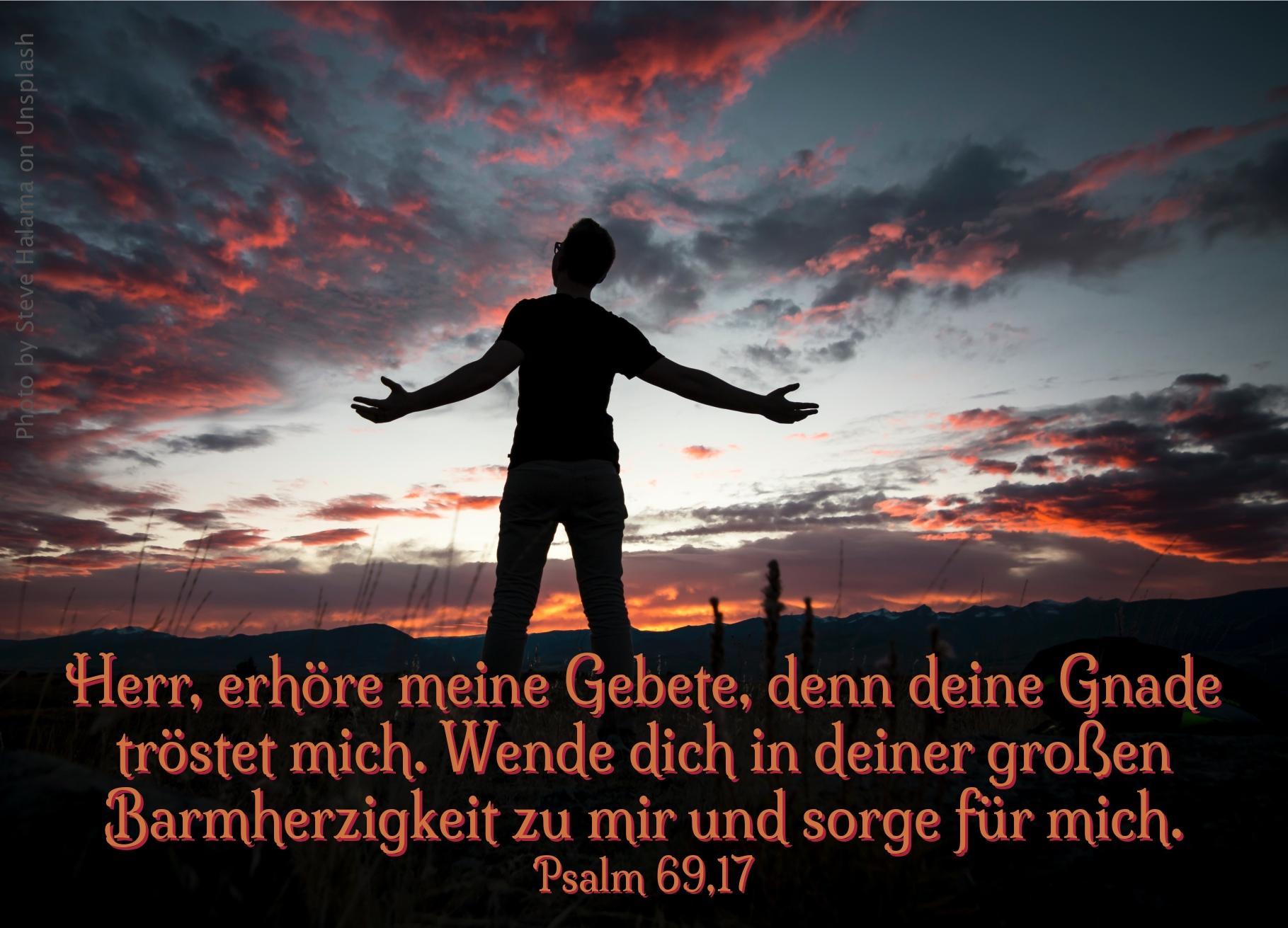 """alt=""""mann_mit_ausgebreiteten_armen_erwartet_bibelhoerbuch_gehorsam_und_dankbarkeit"""""""