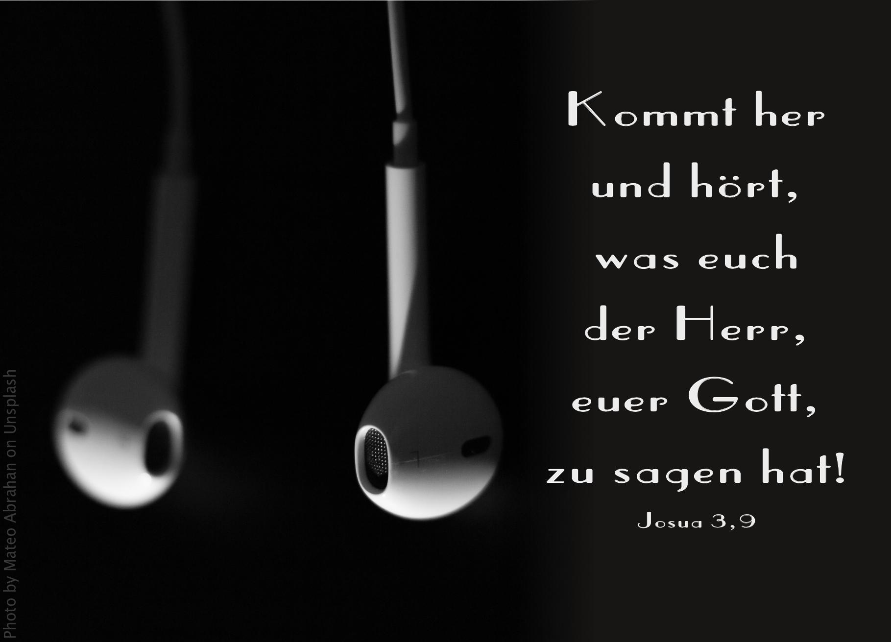 "alt=""Kopfhörer_earpods_erwartet_bibelhoerbuch_denkmaeler"""