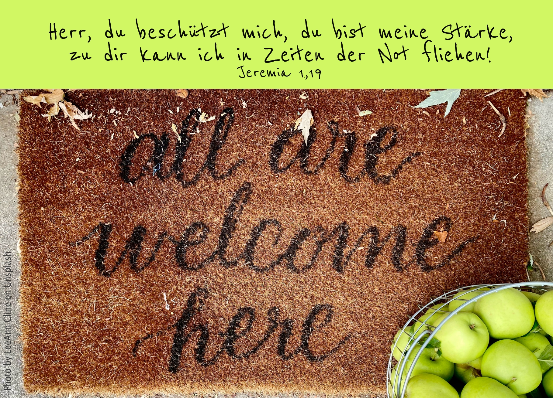 """alt=""""fussmatte_mit_aufschrift_all_are_welcome_here_erwartet_bibelhoerbuch_leiterschaft"""""""