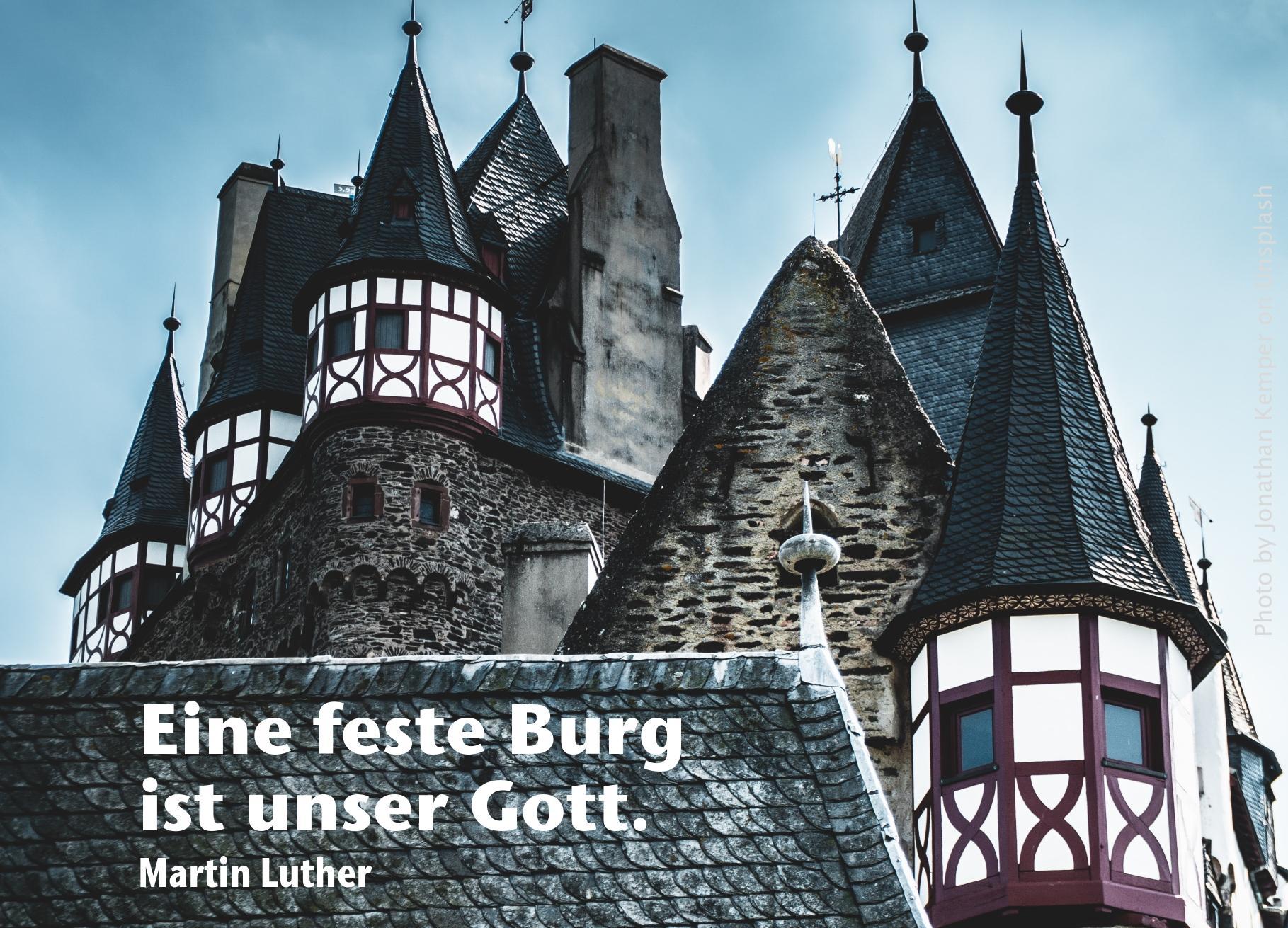 Burg mit Fachwerk