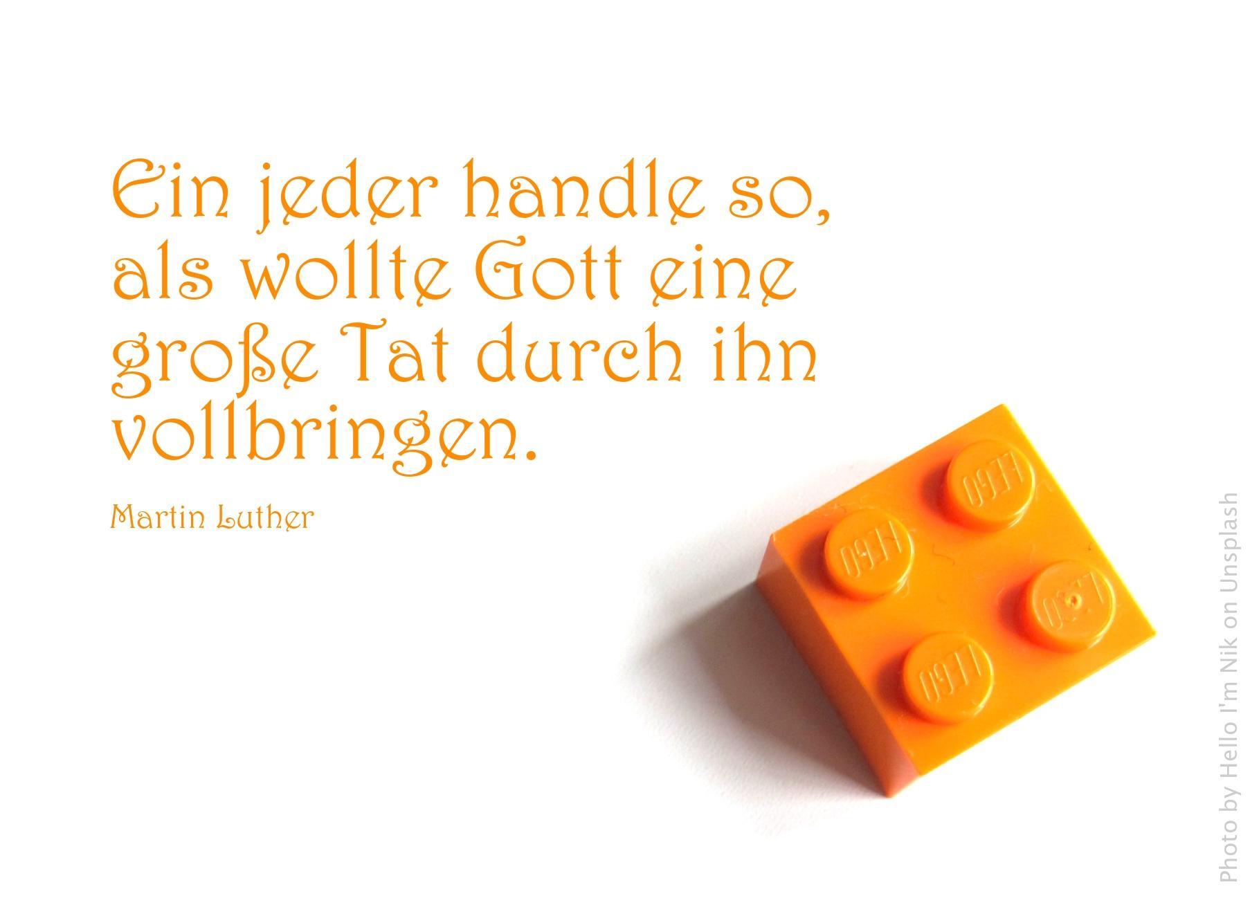 orangener Legostein