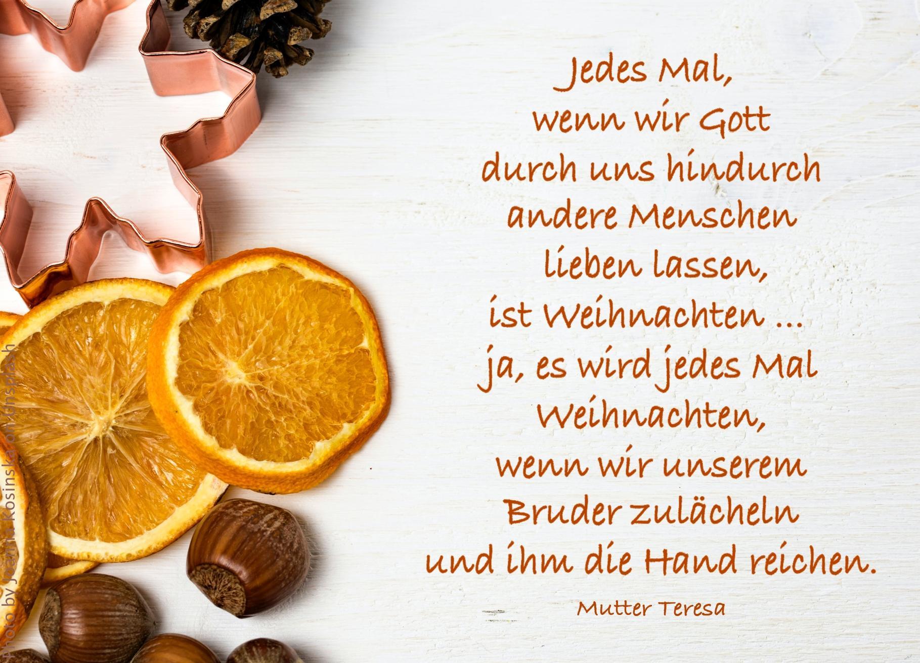 """alt=""""potpourri_aus_orangenscheiben_nuessen_tannenzapfen_und_sternfoermchen_erwartet_bibelhoerbuch_zephanja"""""""
