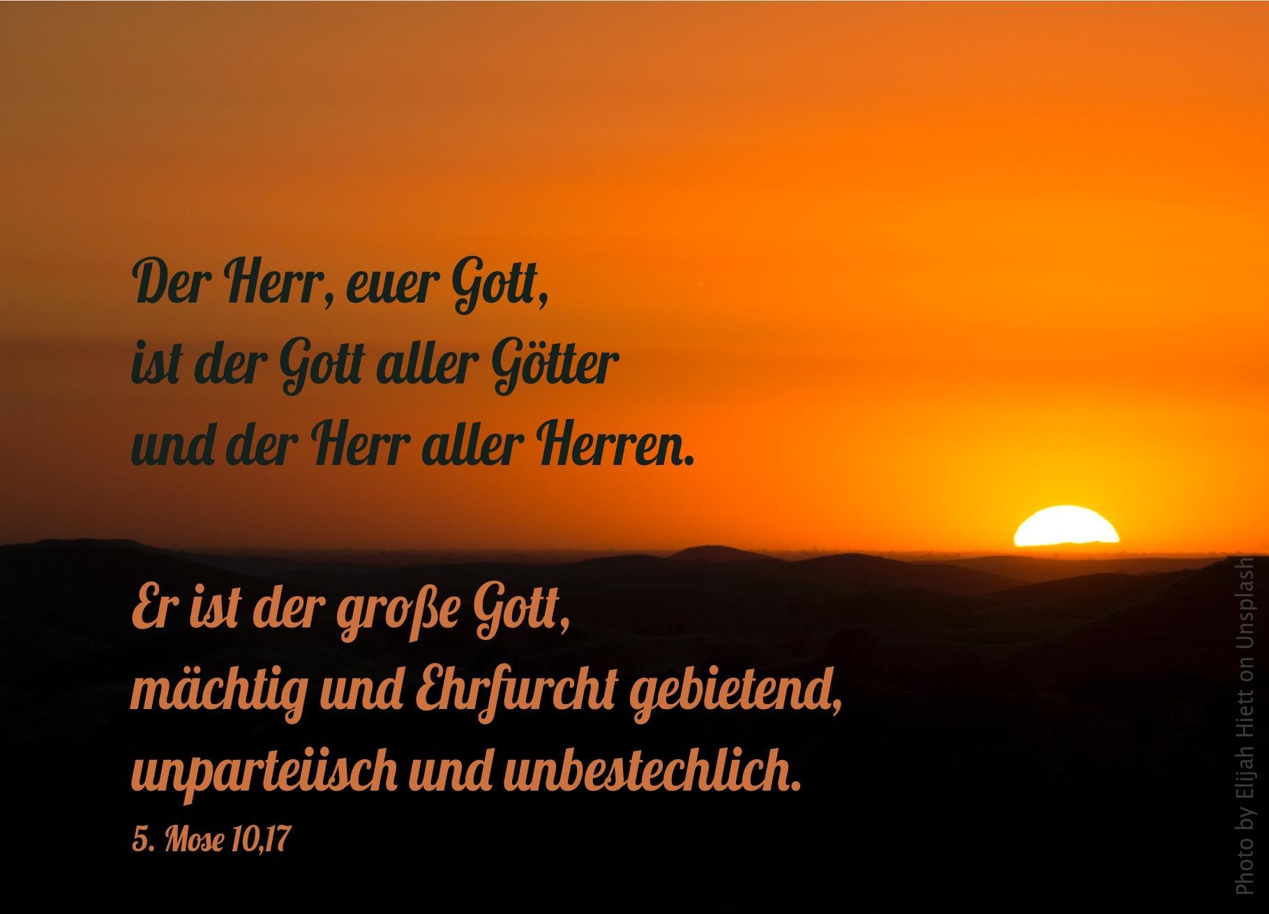 """alt=""""Sonnenuntergang_erwartet_bibelhoerbuch_das_goldene_kalb"""""""